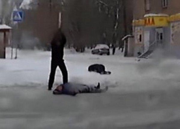 YouTube в шоке от ВИДЕО смертельного избиения мужчины в центре Челябинска