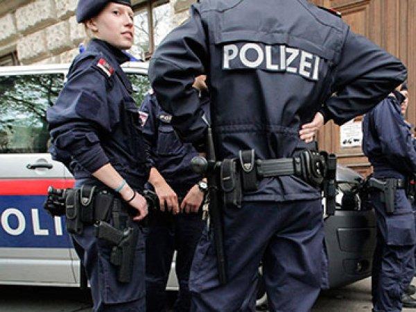 """Австрийская полиция арестовала """"Адольфа Гитлера"""" (ФОТО)"""