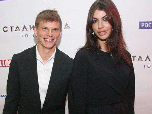 Новая жена Аршавина родила футболисту четвертого ребенка (ФОТО)