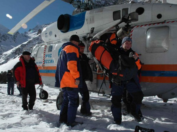 Упал вертолет на Алтае: обнаружено тело супруги пилота Robinson R-66 (ФОТО)