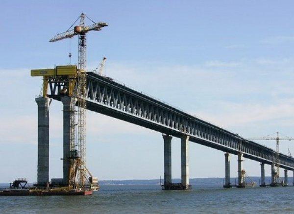 Керченский мост сфотографировали c борта МКС (ФОТО)