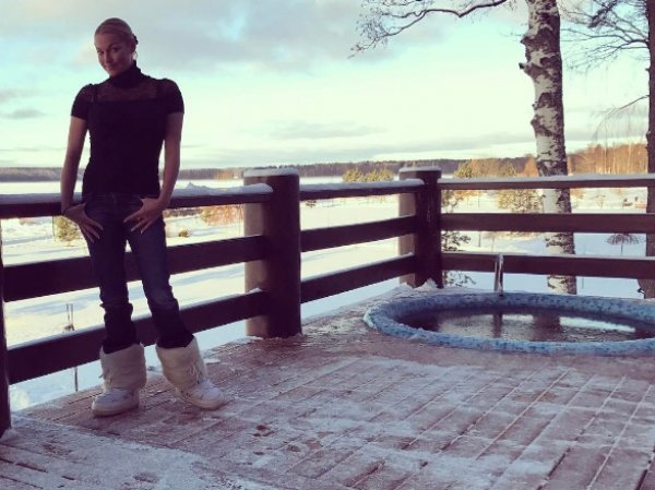Волочкова шокировала Instagram голым ФОТО на снегу
