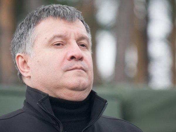 СМИ: Аваков пообещал России десятки тысяч убитых