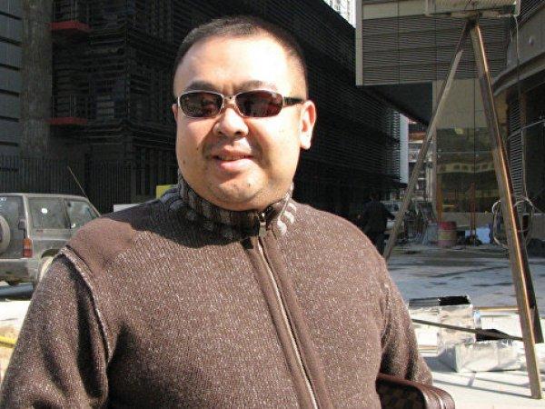 СМИ: брат Ким Чен Ына убит в аэропорту Малайзии
