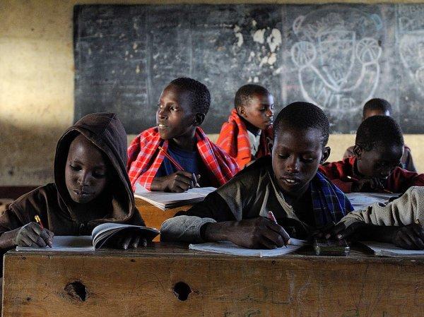 Школьный учитель в Кении заставил детей убить одноклассницу за неумение читать