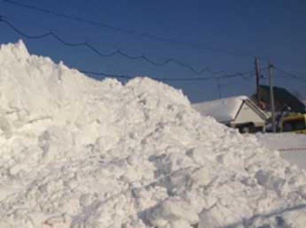 В Уфе 11-летний мальчик погиб, пытаясь прорыв тоннель в снегу