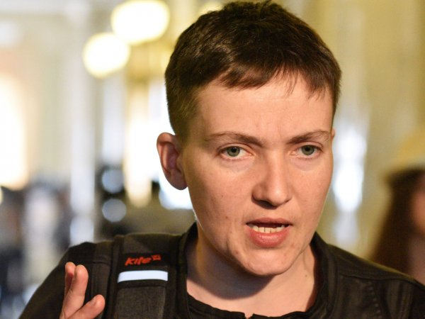 Савченко появилась в Берлине на каблуках и в коротком платье (ФОТО)