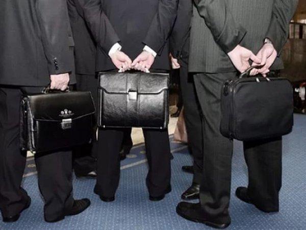 В Росстате озвучили средние зарплаты российских чиновников