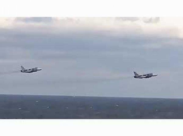 В Сеть попало ВИДЕО  пролета самолетов ВКС России рядом с эсминцем США