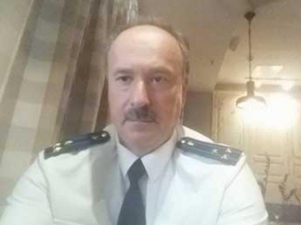 """Экс-прокурора в Ростове отправили в психбольницу за выступление на митинге """"Он вам не Димон"""""""