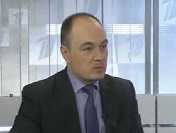 Пешком по лестнице назло России: латвийский депутат отказался ездить на лифте из-за РФ