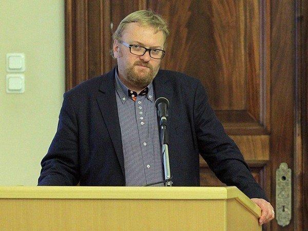 """""""Настоящая зараза"""": Милонов потребовал запретить """"вписки"""""""