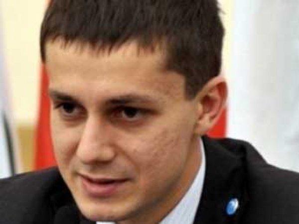 """В соцсетях высмеяли приговор за мошенничество экс-лидеру """"России молодой"""" (ФОТО)"""