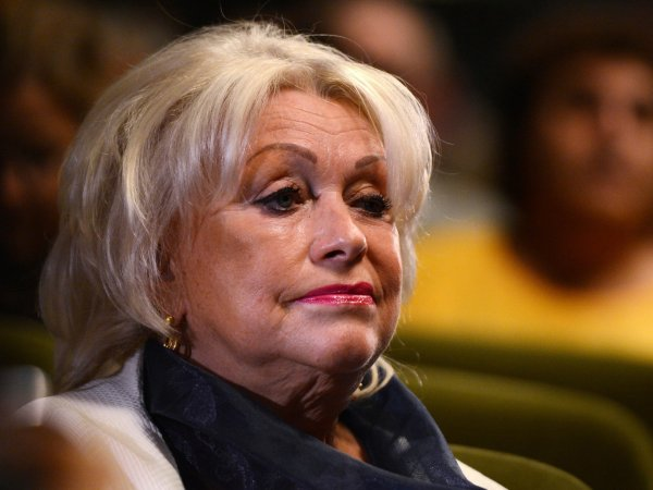 Жену Караченцова лишили прав за пьяную езду