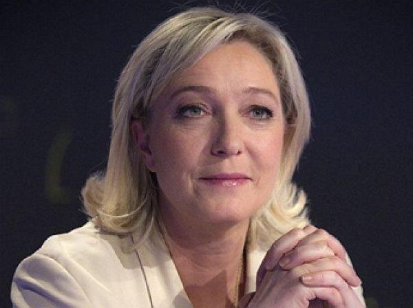 Марин Ле Пен покинула пост руководителя «Национального фронта»