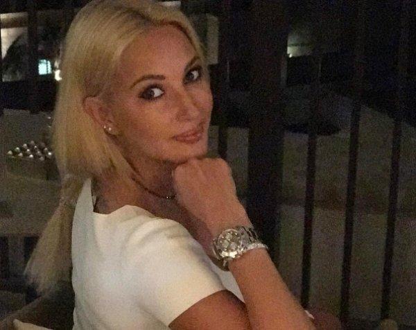 Лера Кудрявцева унизила в Instagram Бузову за нелепый наряд