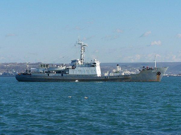 """В Черном море после столкновения затонул корабль """"Лиман"""""""