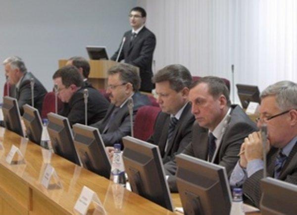 """Чтобы """"встряхнуться"""": глава Хакасии отправил в отставку правительство за """"нерасторопность"""""""