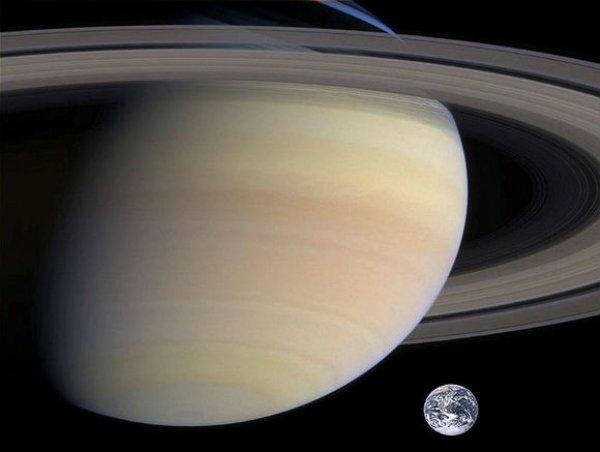 НАСА нашло на спутнике Сатурна источники жизни