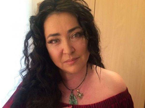 Лолиту сняли с поезда в Киев, не пустив к больной дочери
