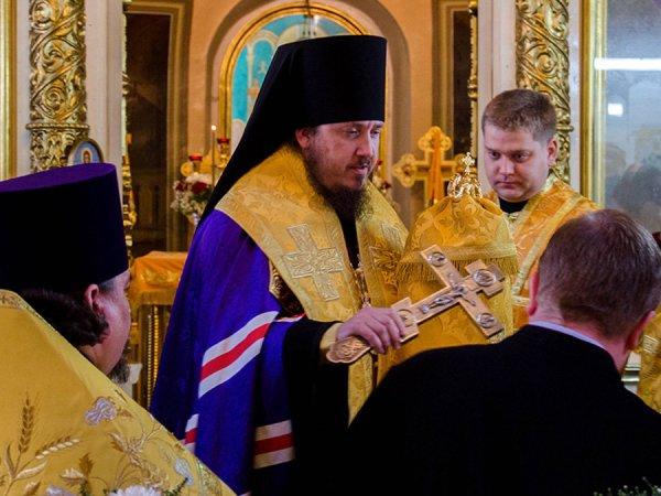 Епископ РПЦ пригрозил СМИ уголовным делом за статью о его внедорожнике за 6 млн