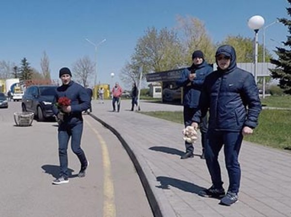 Нападавшим на блогера Варламова в Ставрополе выписали 500 рублей штрафа за хулиганство