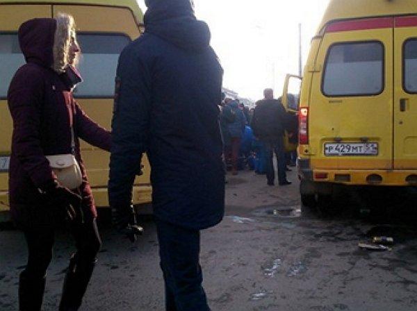 В Мурманске неизвестный сбил шесть человек и скрылся