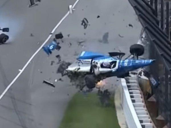 YouTube ВИДЕО: болид пилота IndyCar перевернулся в воздухе после аварии