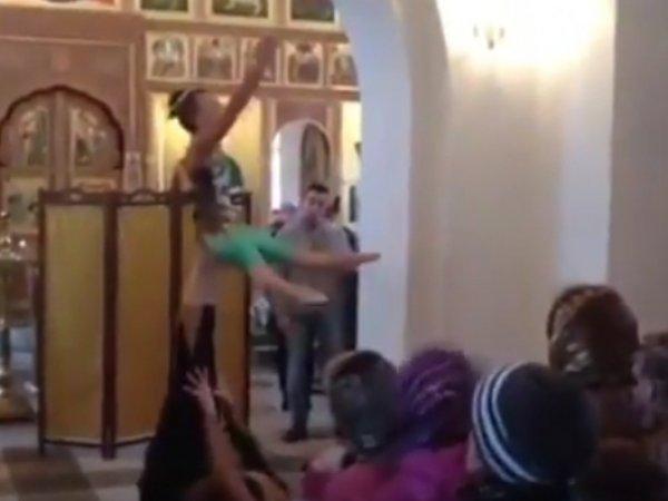 Прокуратура проверит ВИДЕО с выступлением гимнасток в калужском храме