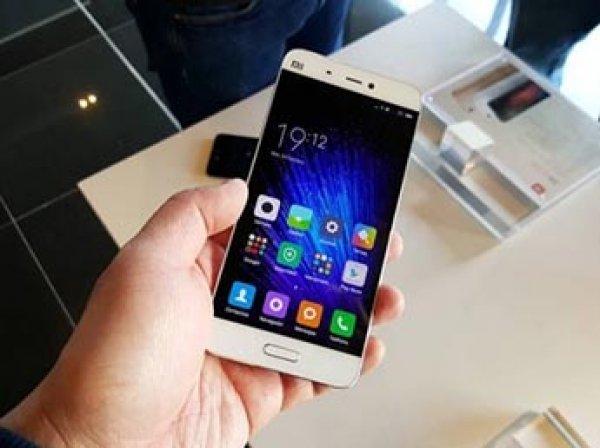 ФТС объяснила, почему не пускает в Россию смартфоны Xiaomi и Sony