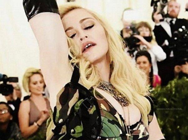 Мадонна опубликовала голые ФОТО в Instagram