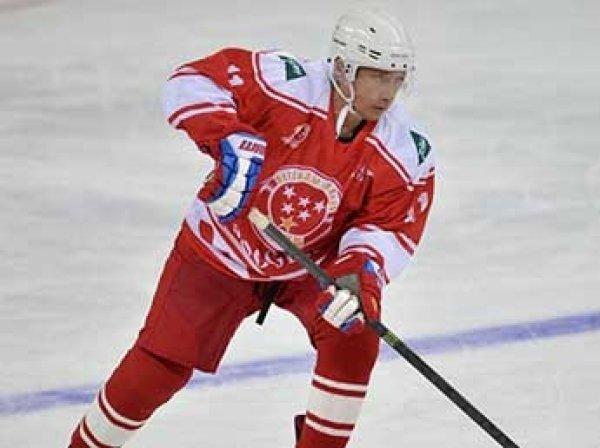Путин в Сочи сыграл в хоккей с Жан-Клодом Килли (ВИДЕО)