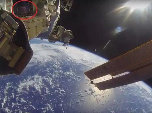 YouTube озадачен ВИДЕО человека в открытом космосе без скафандра, снятого камерой МКС