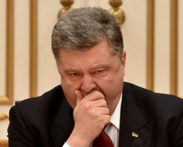 СМИ: Порошенко до сих пор не удалил себя во «ВКонтакте» и «Одноклассниках» (ФОТО)