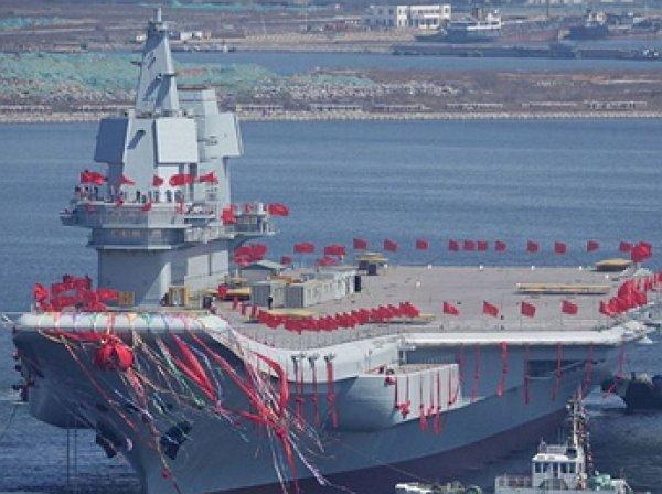 В Китае авианосец получил название «Пипи ся»