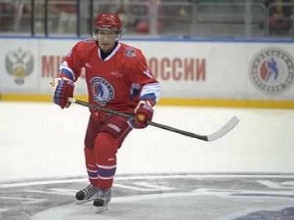 Путин забил семь шайб в матче Ночной хоккейной лиги