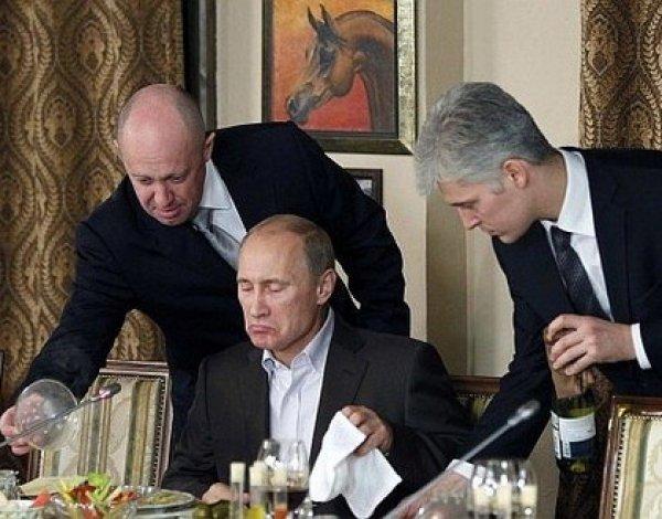 """Песков заявил, что Путин отпразднует день рождения своего """"личного повара"""""""