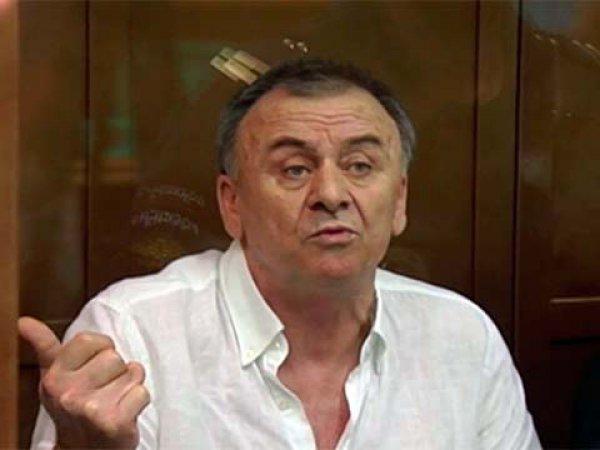СМИ: организатор убийства Политковской умер в колонии