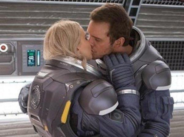 Ученые выяснили, почему секс в космосе не будет приятным для человека
