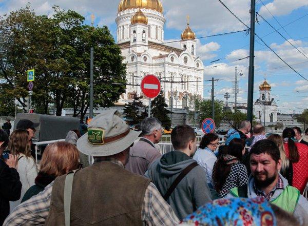 Очередь к мощам Николая Чудотворца в Москве онлайн сегодня, 26 июня 2017: что надо знать паломникам
