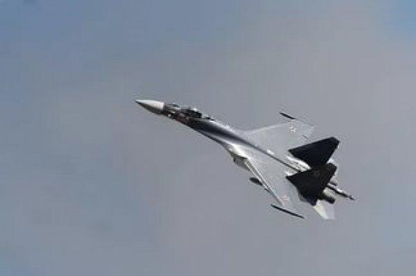 Российские Су-27 перехватили самолеты-разведчики США над Балтикой