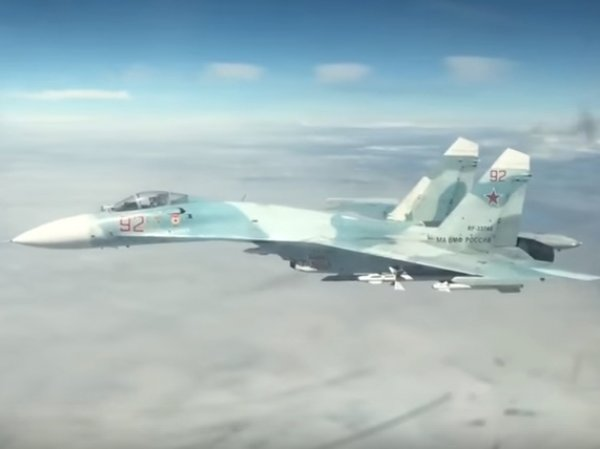На YouTube появилось ВИДЕО перехвата Су-27 самолетов США