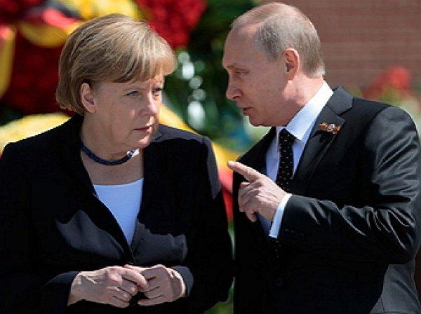 Путин и Меркель обсудили темы G20 по телефону