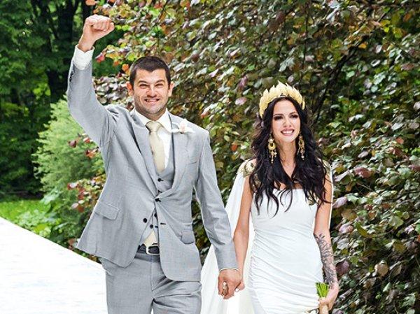 Гимнастка Дмитриева развелась с хоккеистом Радуловым через год после свадьбы