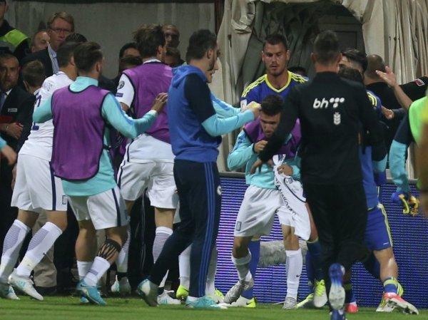 Футболисты Боснии и Герцеговины и Греции подрались после отборочного матча к ЧМ-2018 (ВИДЕО)