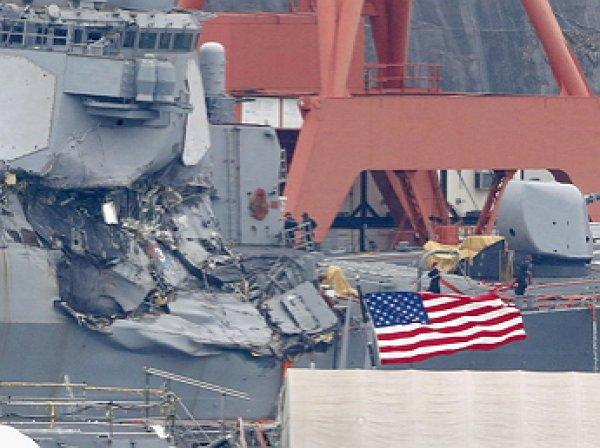 7 моряков ВМС США погибли после столкновения эсминца Fitzgerald с контейнеровозом