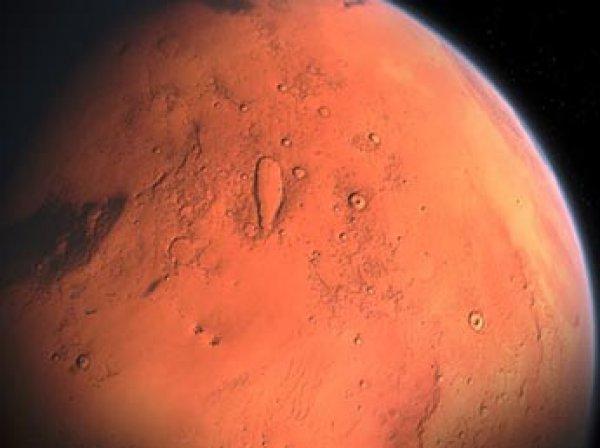 Ученые внезапно нашли на Марсе снег (ФОТО)