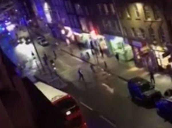 Опубликовано ВИДЕО первых минут после теракта в Лондоне