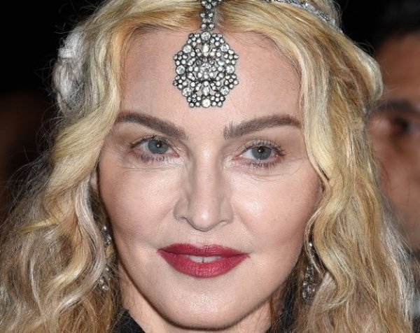 58-летняя Мадонна шокировала фанатов ФОТО без макияжа в Instagram