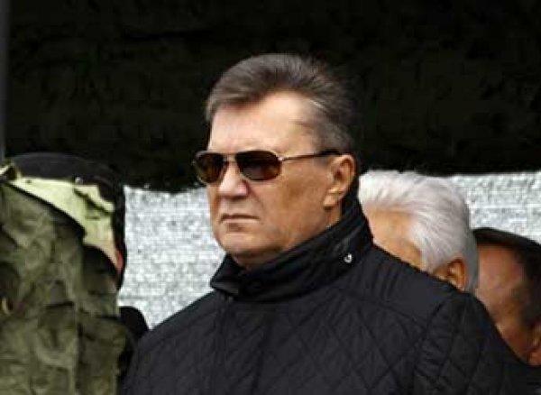 Янукович заявил о желании вернуть Крым в состав Украины
